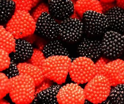 Gummi Raspberries, Red and Black